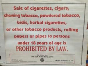 cartello dai tabaccai